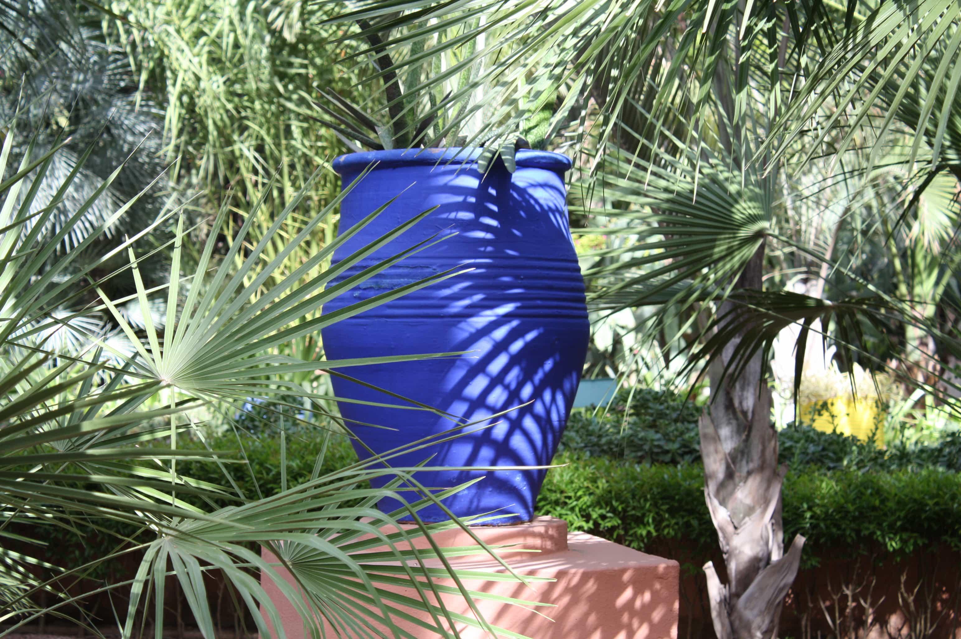 Marjorelle blue pot